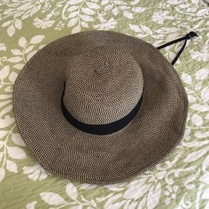 Cute Black/Tan Sun Hat